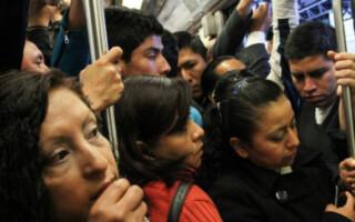 Lanzaron una línea telefónica para denunciar acoso en el transporte público