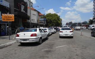 El servicio de taxis bajó un 50 por ciento desde que comenzó a utilizarse la aplicación UBER
