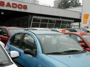 En noviembre, se desplomó la venta de autos usados
