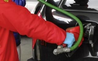 Abril llega con aumentos en las naftas y el gas