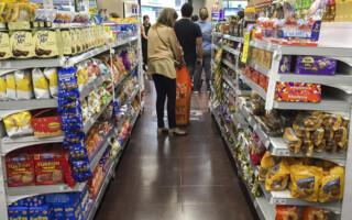 La inflación no cesa: en febrero, fue de 3,8 por ciento