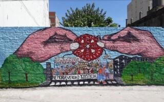 Con un mural, organizaciones locales dieron inicio al Mes de la Memoria