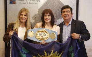 """La """"Tigresa"""" Acuña visitó La Matanza"""