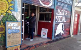 En La Tablada, abrieron un almacén popular para enfrentar la crisis