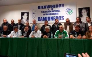 """Moyano aseguró que el paro fue """"contundente"""" y le pidió a Macri que """"reflexione"""""""