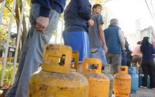 """Advierten que, por la crisis, """"aumentó el uso de garrafas de gas"""""""