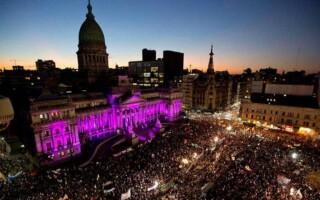 En medio del aumento de los femicidios, este lunes habrá movilizaciones en todo el país