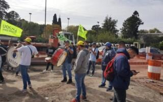 Metrobus de Camino de Cintura: vecinos de Villa Luzuriaga reclaman que se retomen las obras
