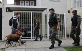 """Gendarmería en Lomas del Mirador: «Son operativos limitados"""", aseguran vecinos"""