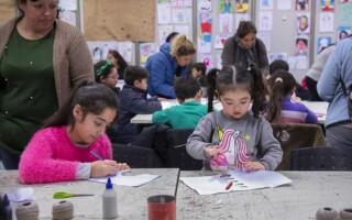 Los chicos participaron de un taller de cómic y diseñaron sus propias guirnaldas mexicanas