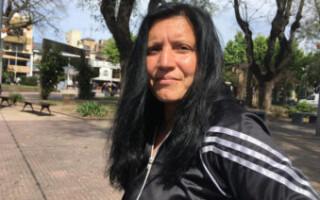 Drama en Isidro Casanova: deben vivir en un micro tras sufrir violencia de género
