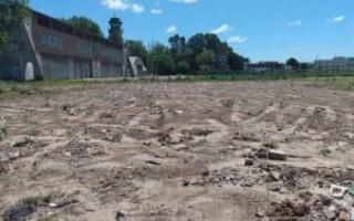 """Gregorio de Laferrere: vecinos denuncian que están desmontando parte del """"último pulmón verde"""""""