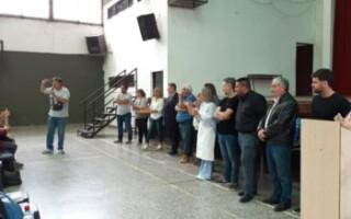 Se entregaron 2800 kits de ropa de trabajo para auxiliares de escuelas de La Matanza