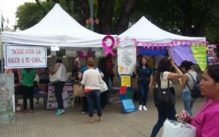Promotoras de salud barriales realizaron una muestra informativa en la plaza de San Justo