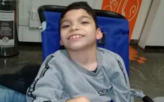 González Catán: mamá pide ayuda para costear el tratamiento Jonás, un chico que sufre parálisis cerebral