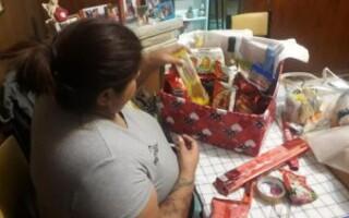 Realizan una colecta y rifa para la cena navideña de personas en situación de calle