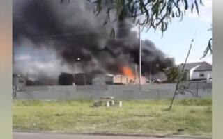 Tras el incendio del depósito de velas, cuatro viviendas fueron afectadas