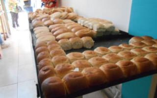 El kilo de pan costará 65 pesos para los beneficiarios de la tarjeta alimentaria
