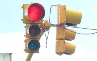 Ramos Mejía: Instalaron un semáforo en la instersección de Avellaneda y Av. Rivadavia