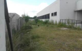 Virrey del Pino: vecinos exigen inauguración de escuela abandonada