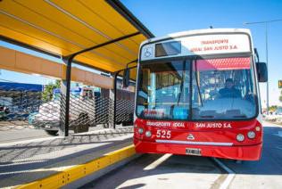 """""""Los pasajeros viajarán sentados y habrá organismos controlando que se cumpla"""", aseguraron desde la UTA"""