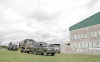 Puerta de Hierro, uno de los puntos de distribución de alimentos por el Ejército