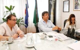 Espinoza y su equipo de salud se sumaron a la reunión de Kicillof con expertos sanitarios por la cuarentena administrada