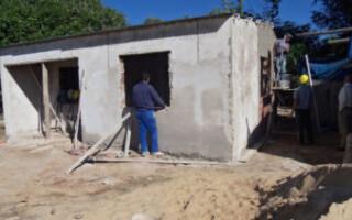 Impulsan la conformación de cooperativas para terminar obras de viviendas en el Distrito