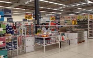 Came apoya la decisión de intendentes de prohibir la venta de productos no esenciales en supermercados
