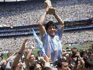 Conmoción mundial: a los 60 años, murió Diego Armando Maradona