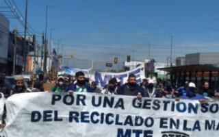 San Justo: cartoneros del MTE La Matanza se movilizaron a las puertas del Municipio