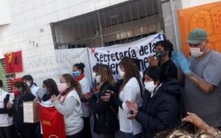 Los trabajadores de La Nirva denuncian que sufrieron un ataque en la fábrica
