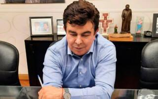 """Espinoza llamó a """"extremar los cuidados ahora que el operativo de vacunación está en marcha"""""""