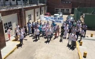"""Con un """"cese de actividades"""" de 48 horas, trabajadores del Hospital del Niño de San Justo reclaman una recomposición salarial «urgente»"""