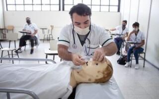 Estudiantes de Salud retoman sus actividades prácticas en la UNLaM