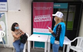 En detalle: cómo es la campaña de vacunación contra el COVID-19 en las escuelas de la Provincia