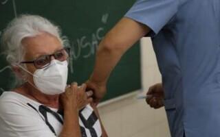Avanza la vacunación contra el Covid-19 en La Matanza