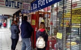 """Restricciones: """"Hay mucho descontento porque los comerciantes necesitan trabajar"""", advierten"""