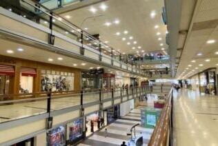 """""""Si volvemos a estar cuatro o cinco meses cerrados, no habrá más shopping"""", advierten desde el centro de compras de San Justo"""