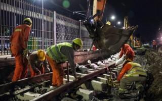 Tapiales: continúa la renovación de las vías en la Línea Belgrano Sur
