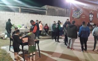 Villa Luzuriaga: más de 60 chicos necesitan donaciones para seguir jugando al fútbol