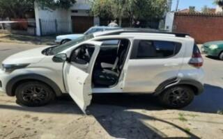 Isidro Casanova: un policía se tiroteó con doce ladrones y terminó herido de bala